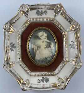 VTG A Cameo Creation-Elizabeth The Dutchess Of Devonshire Porcelain Framed Photo