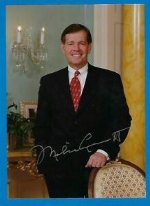 """Utah Governor Michael Leavitt signed color photo 5"""" x 7"""" with COA"""