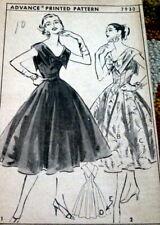 *LOVELY VTG 1950s DRESS ADVANCE Sewing Pattern 10/28 FF