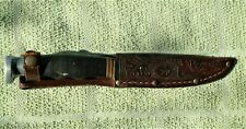 VINTAGE SCROLL GRIP KABAR SMALL HUNTING KNIFE WITH SEATH -- L@@K REAL NICE