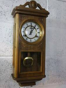 SOLID MEDIUM OAK CARVED CASED WALL HANGING CLOCK With PENDULUM & KEY.