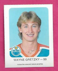 RARE 1982-83 OILERS WAYNE GRETZKY RED ROOSTER  CARD (INV# D4339)