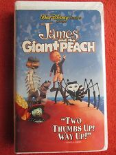 Walt Disney Pictures Presents - James and the Giant Peach (VHS, Clamshell, 1996)