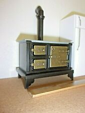 METAL STOVE WITH SILVER COOKING SURFACE  DOLL HOUSE MINIATURE