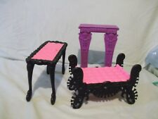 Lot 3 pcs Monster High Doll Furniture Catacombs chaise lounge mantel & table