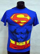 SUPERMAN T-SHIRT WITH DETACHABLE RED CAPE T-SHIRT SIZE M