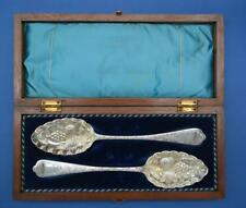 Antique Cased Pair of Victorian Berry Serving Spoon - Silver Plated