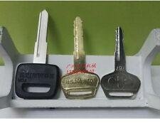 3PCS ignition key for Komatsu Excavator 200/210/220/240/350/360-6/7/8 #Q014 ZX