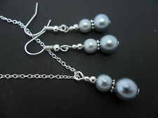 A SILVER GREY  PEARL   NECKLACE AND EARRING SET. NEW.