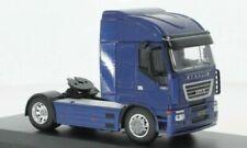 Tracteurs miniatures bleus 1:43