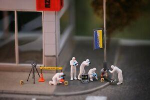 Miniature Figure CSI Crime Screen Investigation 1/87 or 1/64 Diecast RWB