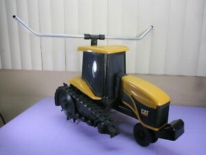 Caterpillar CAT challenger ag tractor traveling lawn sprinkler Cast Iron NELSON