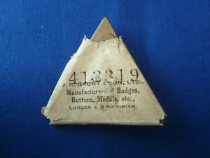 ORIGINAL WW1 ON WAR SERVICE 1916 BADGE IN PACKET OF ISSUE