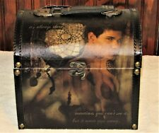 TWILIGHT NEW MOON JACOB AND DREAM CATCHER CARRYING CASE / TRUNK NEW with TAGS