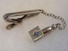 crystal stone tie clip clasp bar Vintage Hickok Usa silver tone blue