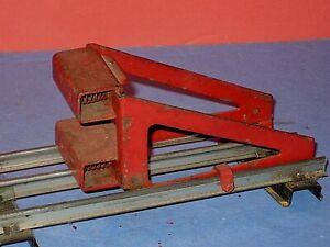 Lionel #23 Red, Steel, spring loaded Bumper for Standard Gauge Track. C-5 bd