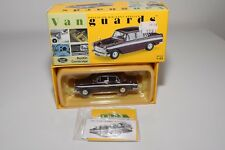 * VANGUARDS VA44002 AUSTIN CAMBRIDGE MAROON GREY MINT BOXED