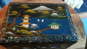 Antique Vintage Japanese Asian Mop Laqured Hand Painted Jewellery Music Box