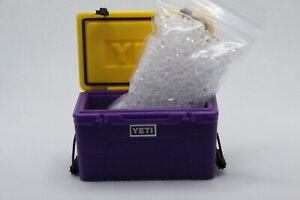 1/10 Scale YETI Cooler Axial Wraith Bomber SCX10 1:10 Icechest