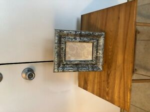 """TAHARI HOME SILVER WITH BLACK 5 1/2"""" X 3 1/2"""" PICTURE FRAME NR"""