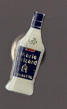 pin's Marie Brizard Anisette (époxy fond blanc)