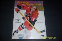1965 Sports Illustrated CHICAGO BLACKHAWKS Bobby HULL Breakaway For The Record