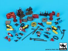 Black Dog 1/35 Firefighter's Equipment & Accessories Set [Resin Diorama] T35144