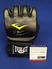 Jake Shields Signed Everlast UFC Glove *Brazilian Jiu-Jitsu PSA AA54422