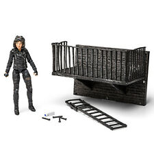 DC677168A-SEL: Diamond Select Gotham Selina Kyle Catwoman Action Figure