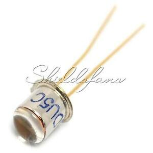 2pcs 3DU5 3DU5C Silicon Phototransistor Transistor / 2-feet Metal Package