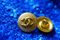 Authentic Chanel Buttons 12 pieces gold toned  16 mm 0,6 inch 💋💋logo cc