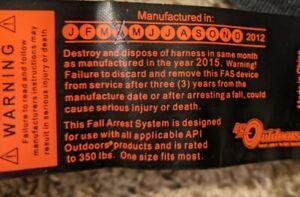 API HD Outdoors Full Body Safety Harness Black adjustable nylon FSH30 NEW