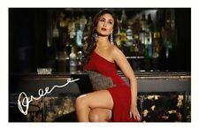 KAREENA KAPOOR AUTOGRAPHED SIGNED A4 PP POSTER PHOTO