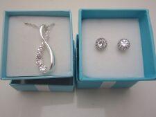 Believe in Love Cubic Zirconia Adjustible Necklace Stud Earrings Avon New in Box