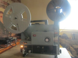 ELMO ST-1200  MAGNETIC / OPTICAL SUPER 8 8MM SOUND CINE FILM PROJECTOR