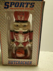 """Nutcracker NFL Sports Collectors Football Series """"Chicago Bears """" NEW in BOX"""