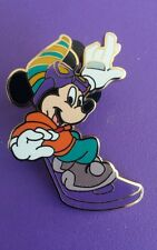 DLRP - DISNEYLAND PARIS REFRESH CAST LANYARD SERIES MICKEY SNOWBOARDING  PIN