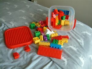 Walder - Box of over 70 Building Blocks - Creative Toy