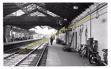 Bletchley Railway Station Photo. Leighton Buzzard - Milton Keynes. L&NWR (2)