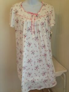 NWT  ARIA SHORT SLEEVES NIGHTGOWN  SIZE LARGE  RETAIL $58