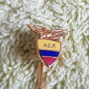 Fussball Anstecknadel  AEF Football Association Ecuador
