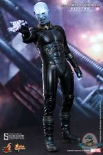 1/6 Scale The Amazing Spider-Man Electro Figure by Hot Toys