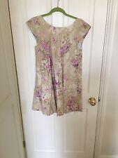 Cabbages & Roses Floral Bouton Robe Dos, Taille 12, porté une fois