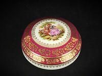 Superbe bonbonnière en porcelaine fine de Limoges France scène galante