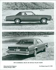 1976 Oldsmobile 1977 Delta 88 Royale Pillar Coupe Original News Service Photo