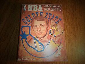 1975 - 1976 NBA SPORTING NEWS OFFICIAL NATIONAL BASKETBALL ASSOCIATION GUIDE
