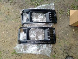 Set of Toyota liteace Corner Head Light Surrounds as shown with mounts