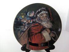"Avon 1987 Christmas Plate ""The Magic That Santa Brings"" 22K Trim Exclusive"