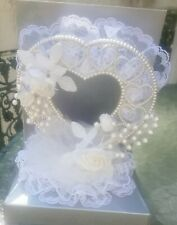 NEW  WHITE WEDDING CAKE TOPPER HEART WITH ROSES LACE BUDS BY HEWITT IN BOX NIB