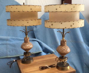 Lamps;Vintage/Retro Pr Table: c1950s Mid Modern Style: Double Fiberglass Shades